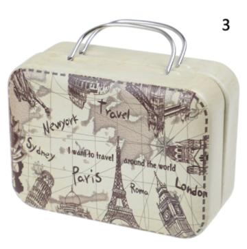 Koffer voor poppen metaal beige/bruin met vintage landkaartprint 8cm